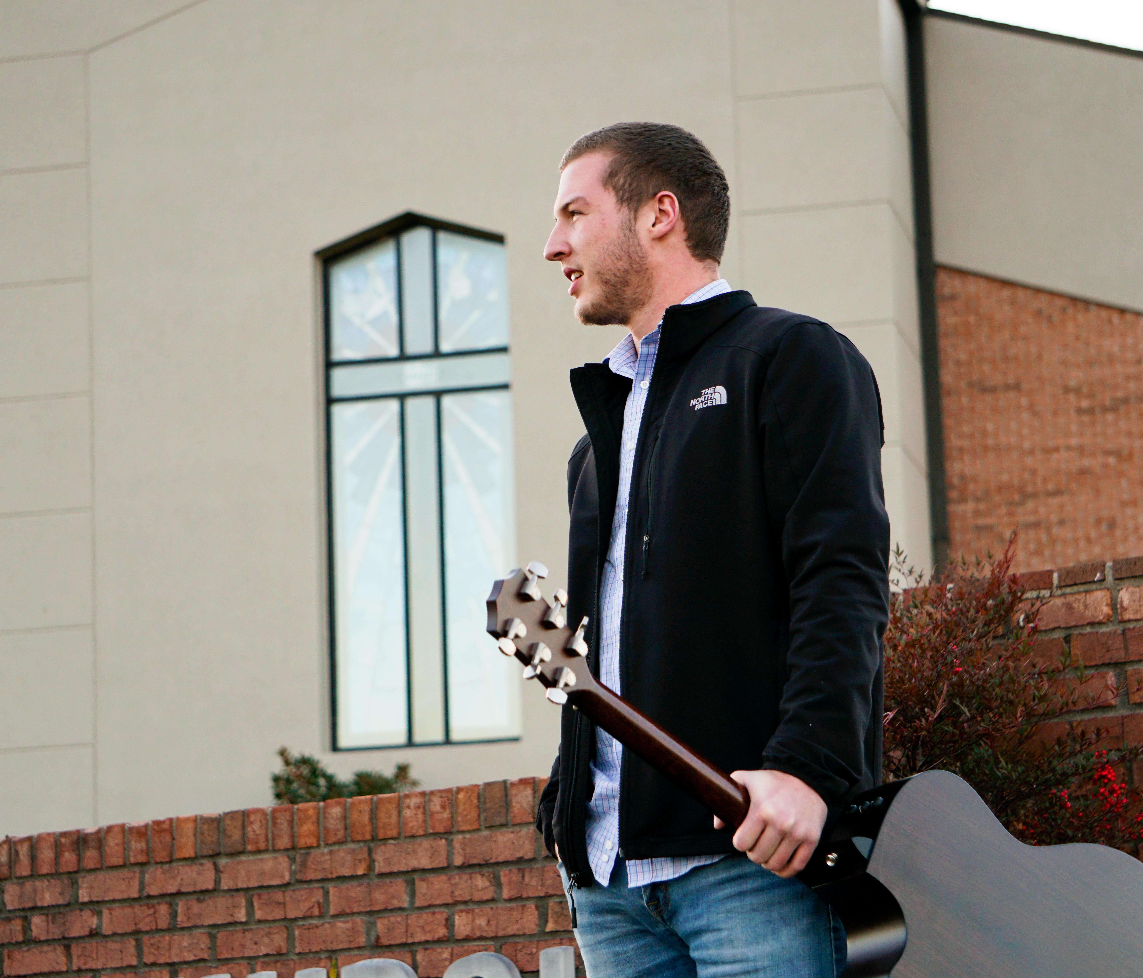 SINGER/SONGWRITER SETH CRANE RELEASES NEW SINGLE