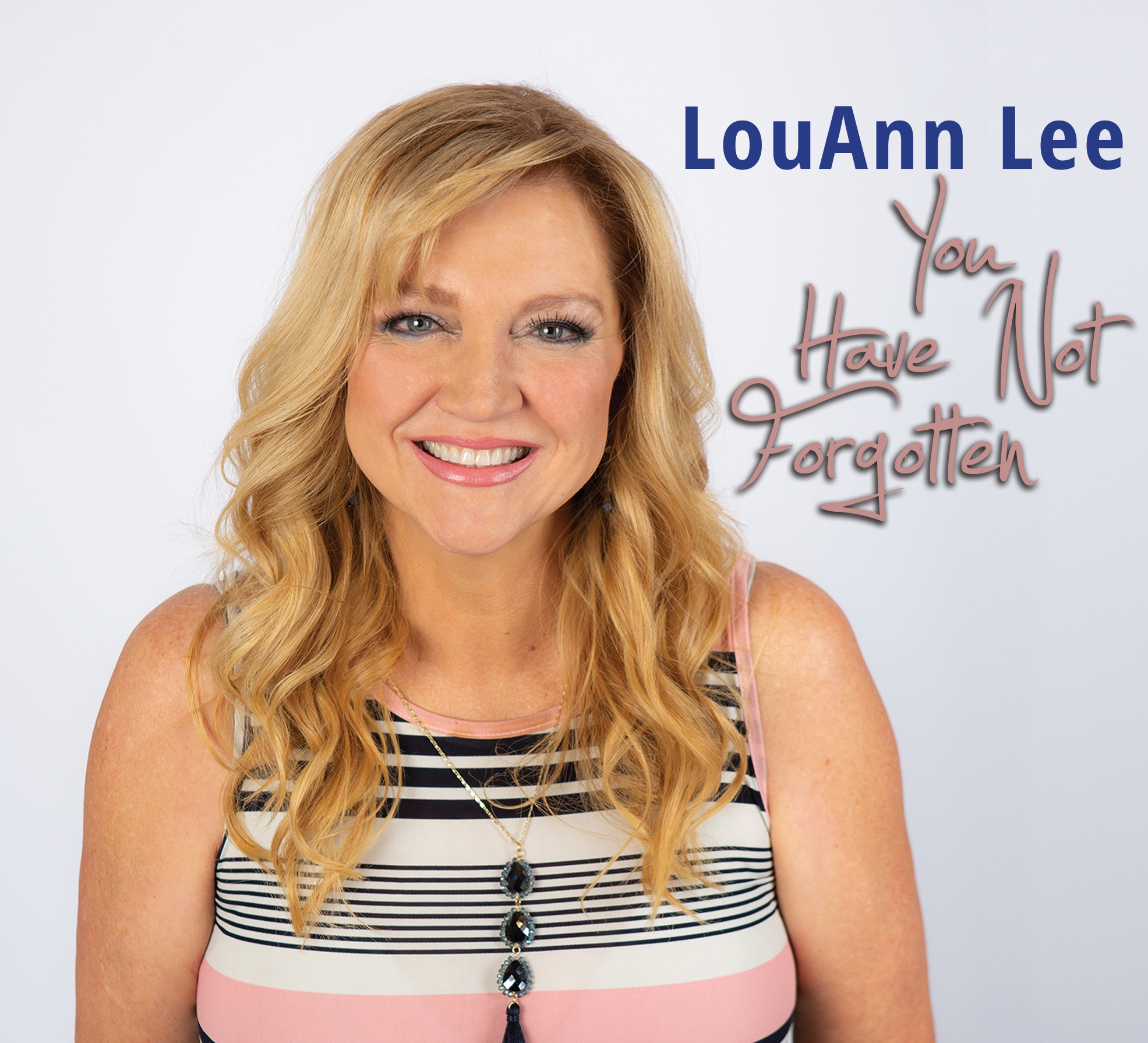 AWARD-WINNING SINGER LOUANN LEE RELEASES NEW SINGLE TO RADIO TODAY
